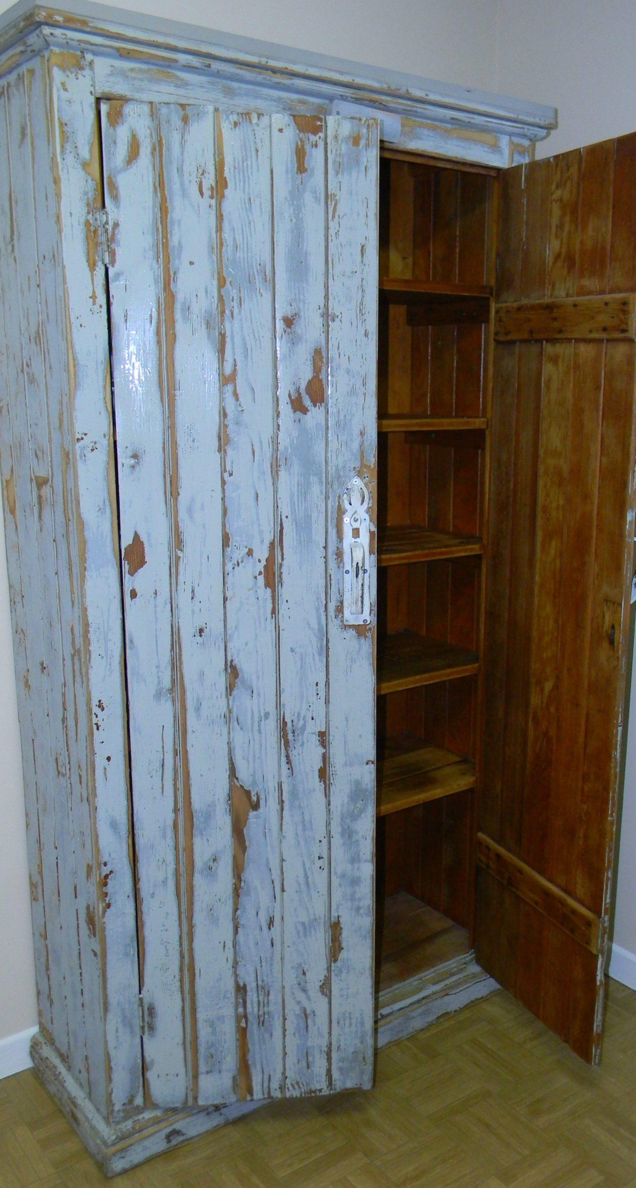 intérieure armoire-penderie