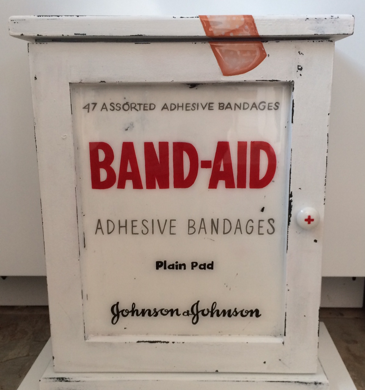 pharmacie-bandaid-3
